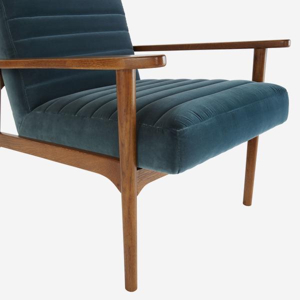 HuttonPetrol_chair_detail