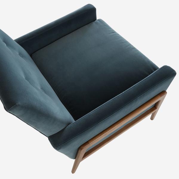 JaggerPetrol_chair_above