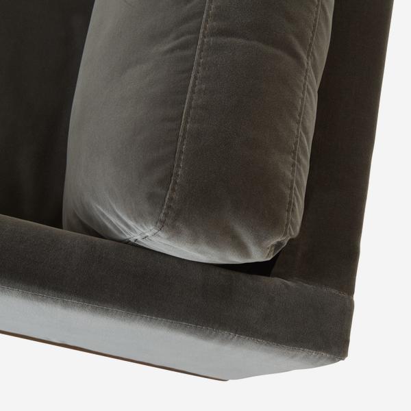 WestwoodConcrete_sofa_detail_01
