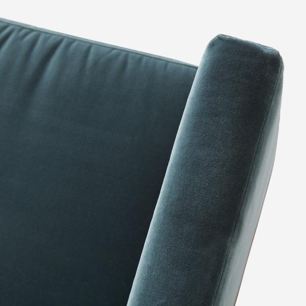 WestwoodPetrol_sofa_detail_02