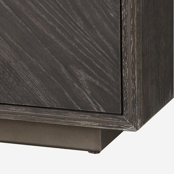 Kinvara_Sideboard_Detail