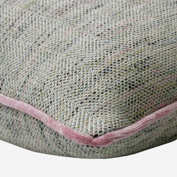 Delphini_Shell_Cushion_Piping_Detail