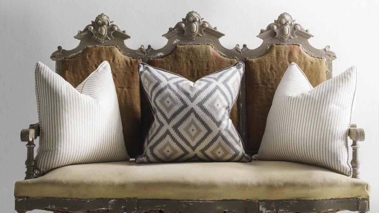 glacier_and_savannah_storm_cushions_lifestyle