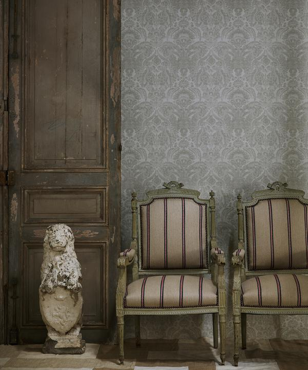 Kew_Charcoal_wallpaper_vintage_chairs_in_Creel_Ocean_fabric