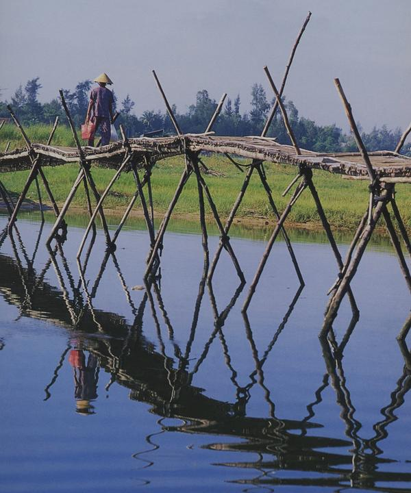 stick_bridge_vietnam__threads_of_colour