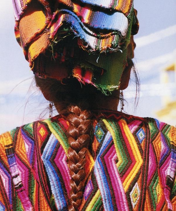 lady_oaxaca_plaits_threads_of_colour