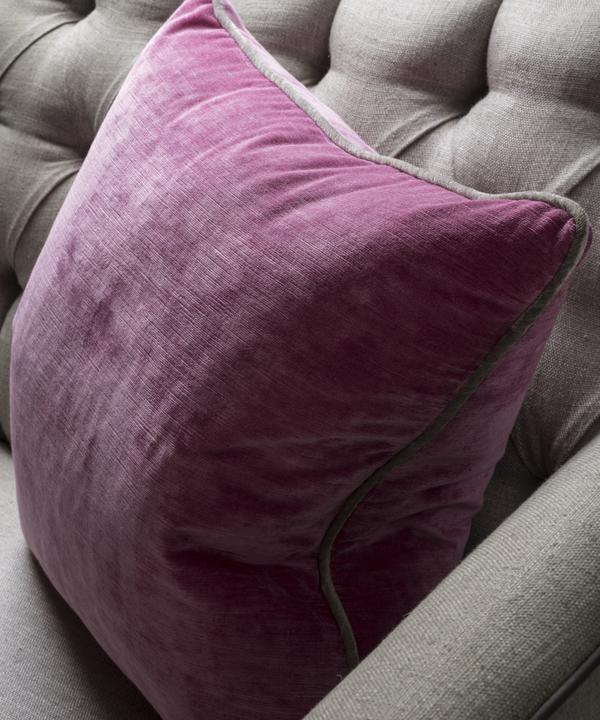 Mossop_Bubble_Cushion_Lifestyle_ACC2759_