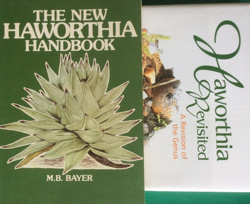 Haworthia Revisited. A Revision of the Genus. And The New Haworthia Handbook