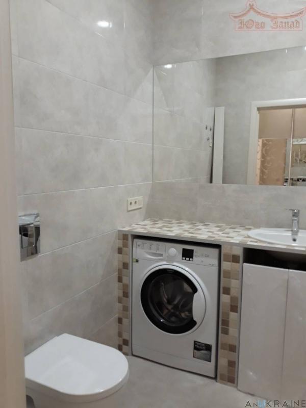 Продам 1 комнатную квартиру на Французском Бульваре!   Агентство недвижимости Юго-Запад