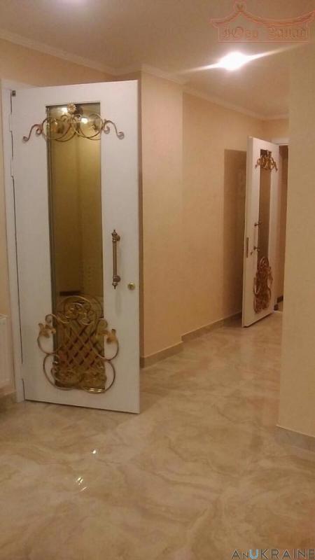 Купите! просторная квартира в сданном новострое ЖК Париж! | Агентство недвижимости Юго-Запад