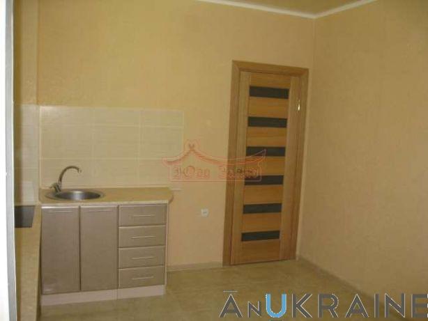 Продаётся квартира в ЖМ Радужный. 1 км с ремонтом. 50 квадратов.   Агентство недвижимости Юго-Запад