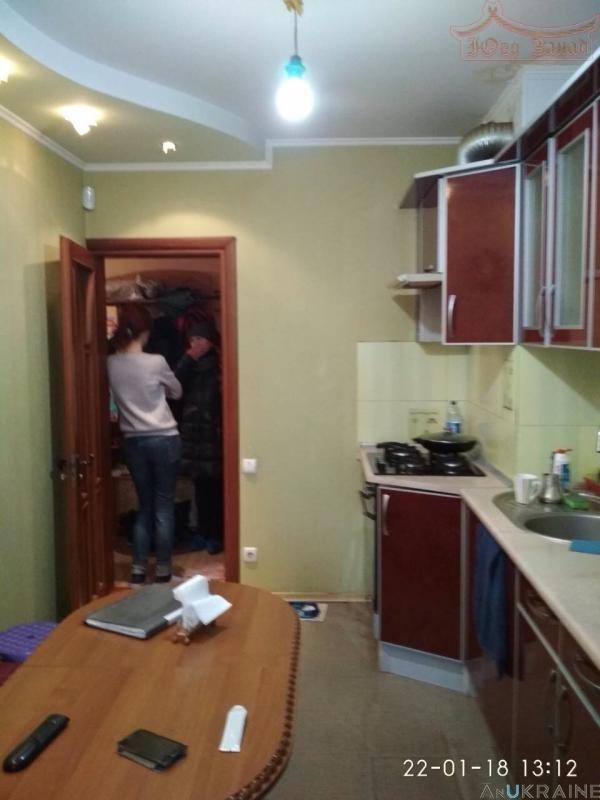 Продаётся 3-комнатная квартира пр. Ак. Глушко | Агентство недвижимости Юго-Запад