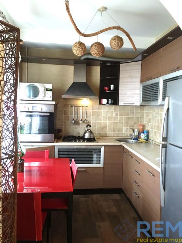 Продается квартира с ремонтом в Лунном пер | Агентство недвижимости Юго-Запад