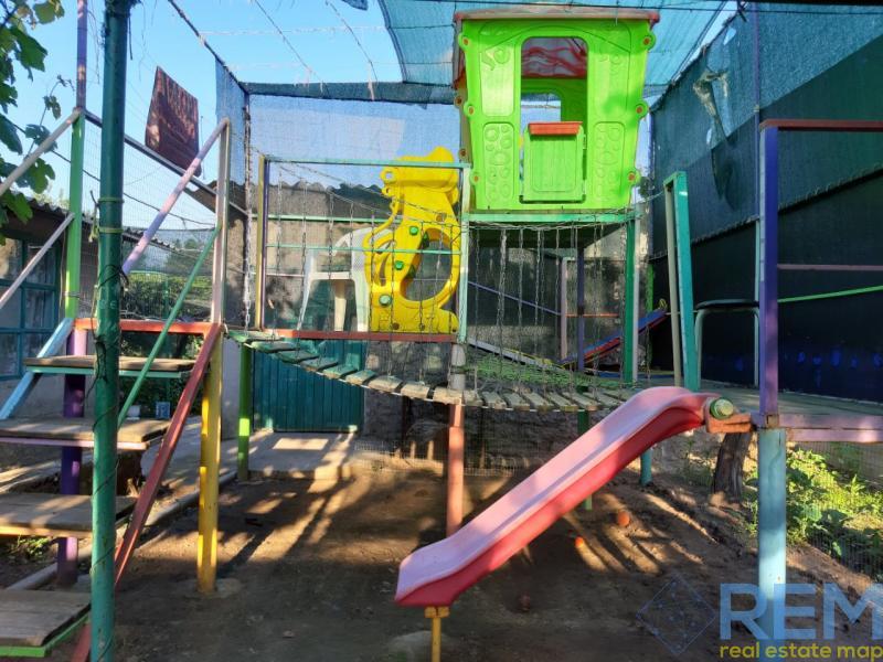 Продам два дома на одном участке в Шабо.   Агентство недвижимости Юго-Запад
