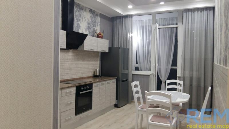 Покупаем! Шикарную квартиру на Французском бульваре.   Агентство недвижимости Юго-Запад