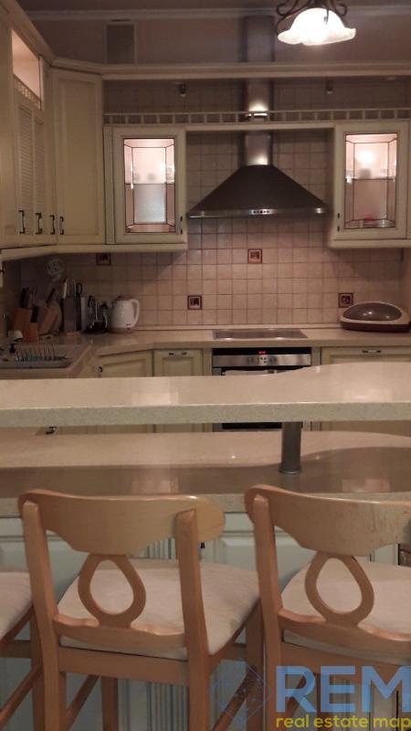 Продается большая , уютная квартира на  ул. Литературной Белый парус  | Агентство недвижимости Юго-Запад