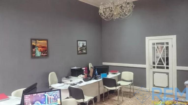 Продам красивое фасадное помещение на Троицкой. | Агентство недвижимости Юго-Запад