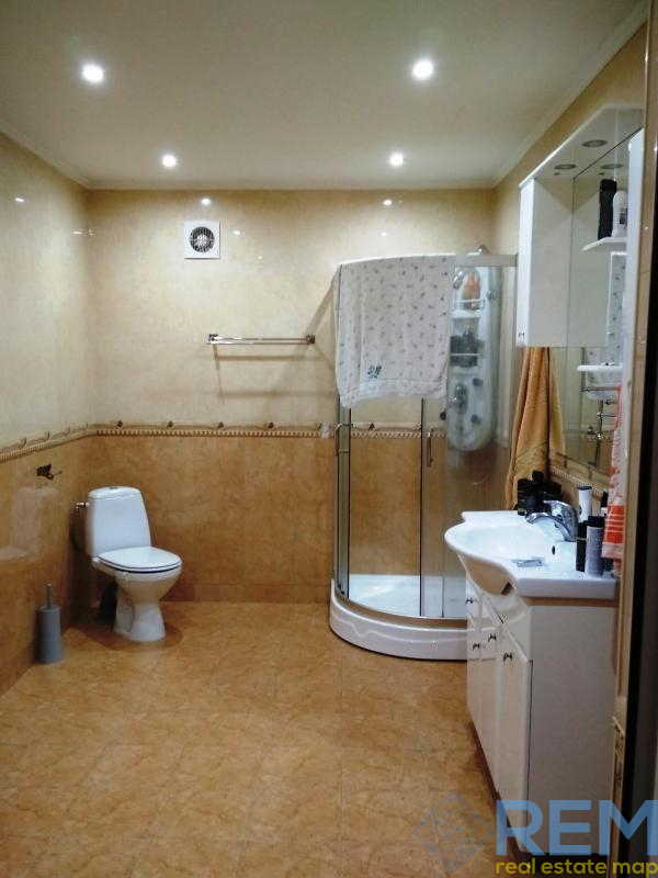 Дом с отличным ремонтом на 7 сотках земли с документами на Черёмушках   Агентство недвижимости Юго-Запад