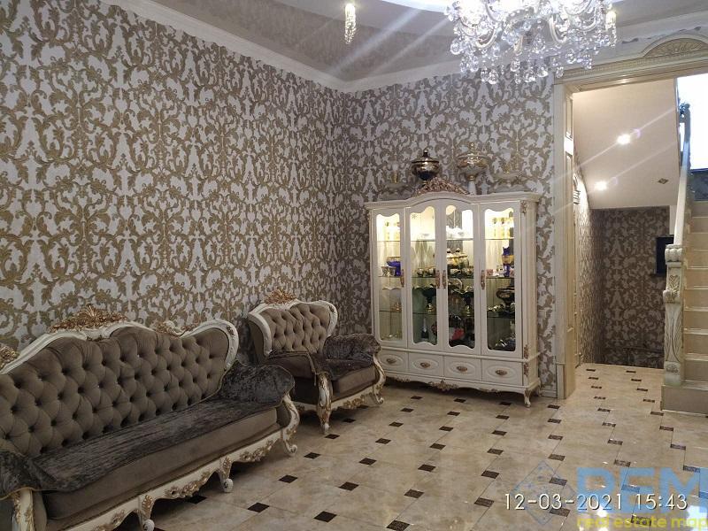 Купить шикарный дом ,  Киевский район. | Агентство недвижимости Юго-Запад