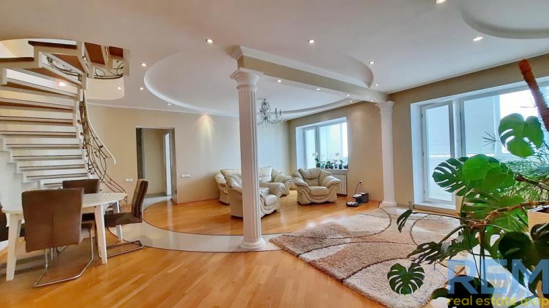 Продается стильная 3 комнатная квартира у парка | Агентство недвижимости Юго-Запад