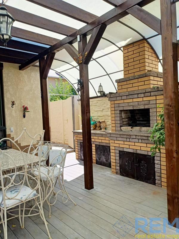 Продам дом на Таирова в престижном районе    Агентство недвижимости Юго-Запад