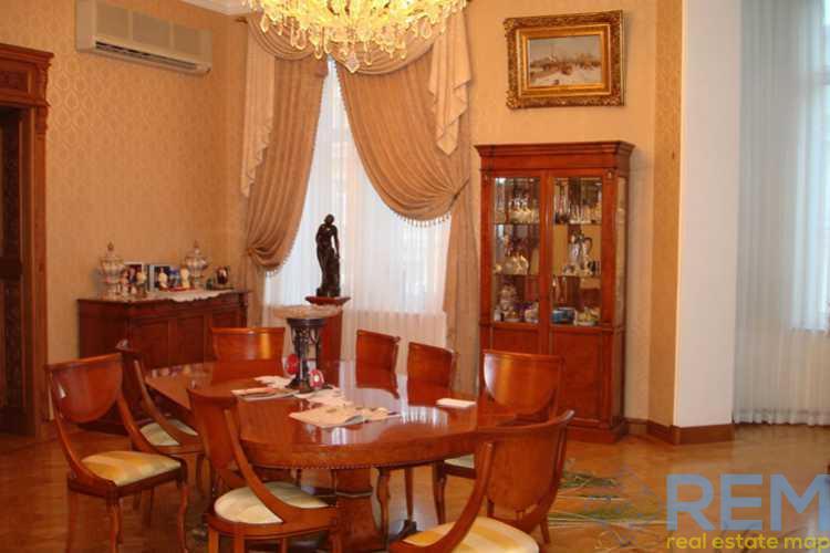 Квартира для элитных клиентов на Дерибасовской   Агентство недвижимости Юго-Запад