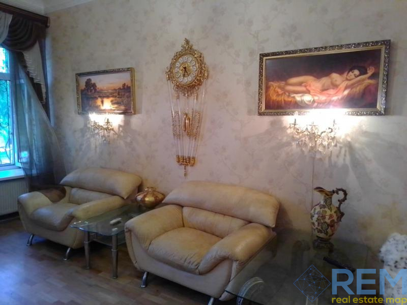 Продам 2 комнатную на ул.Нежинской   Агентство недвижимости Юго-Запад