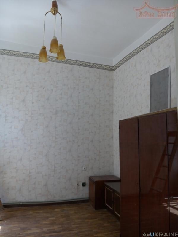 Купите, Просторная квартира на Александровском пр. с перспективой! | Агентство недвижимости Юго-Запад