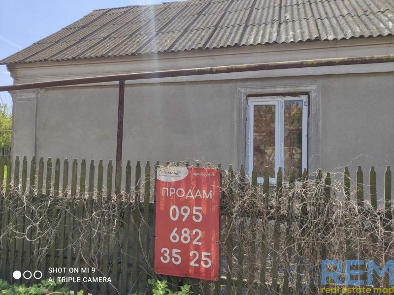 Продается дом 100кв.м под реконструкцию на участке 5,7сот.   Агентство недвижимости Юго-Запад