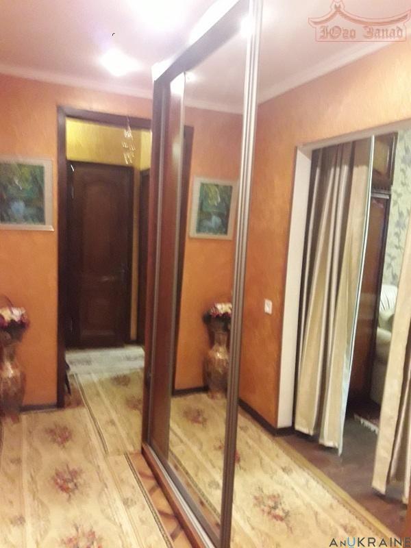 Продается отличная 3-х комнатная квартира ул. Скидановская.   Агентство недвижимости Юго-Запад