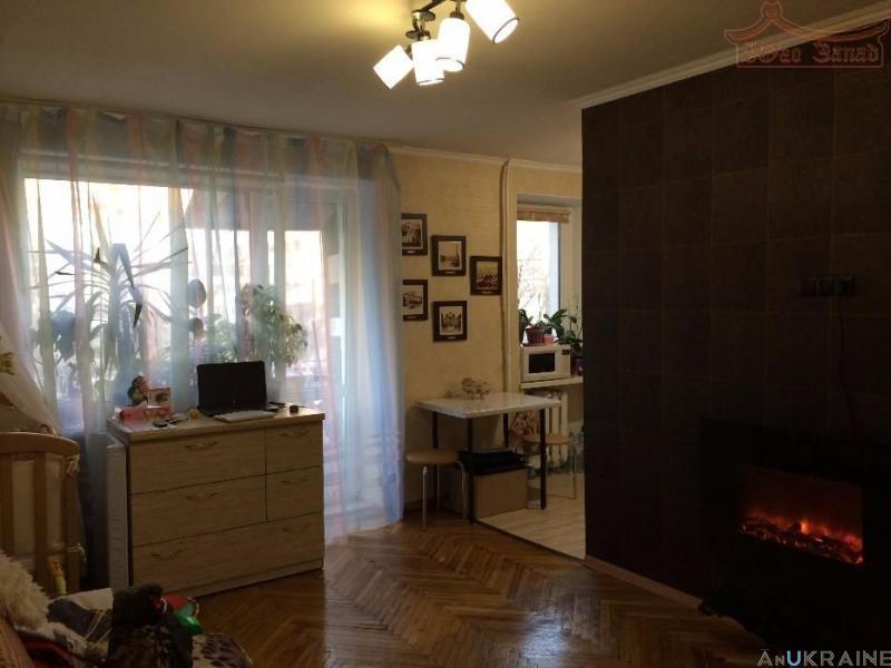1-комнатная гостинка ул. Ак. Королева (р-н Южного рынка)    Агентство недвижимости Юго-Запад