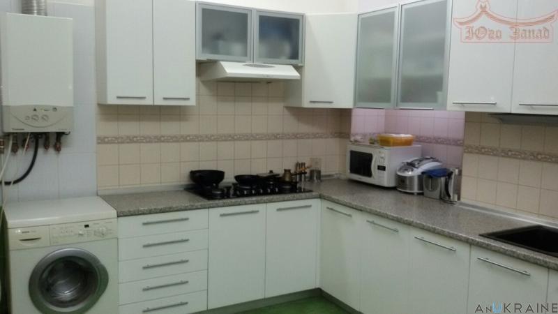 4 комнатная сталинка на Екатерининской | Агентство недвижимости Юго-Запад