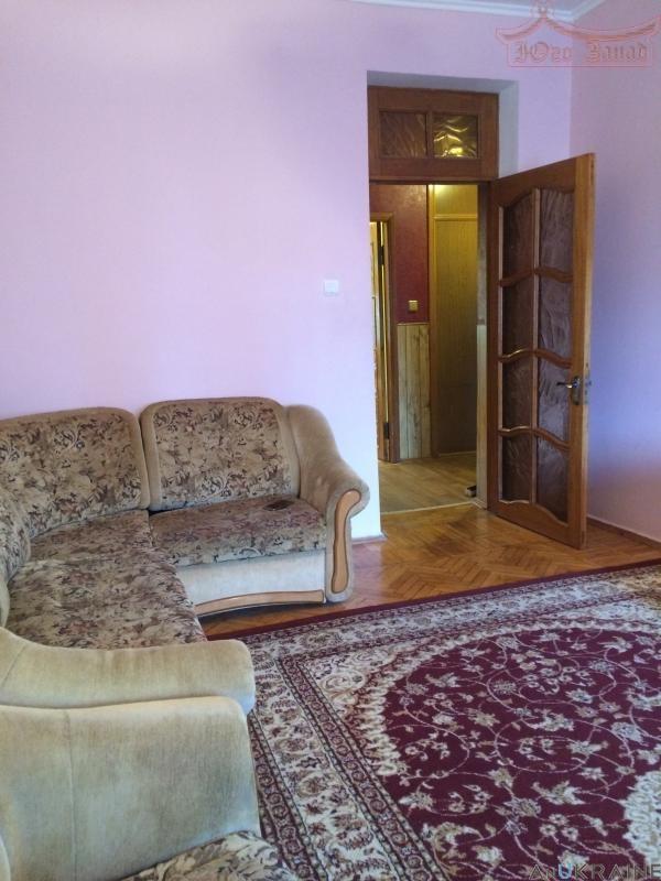 Продается квартира в сталинке на пр.Гагарина   Агентство недвижимости Юго-Запад