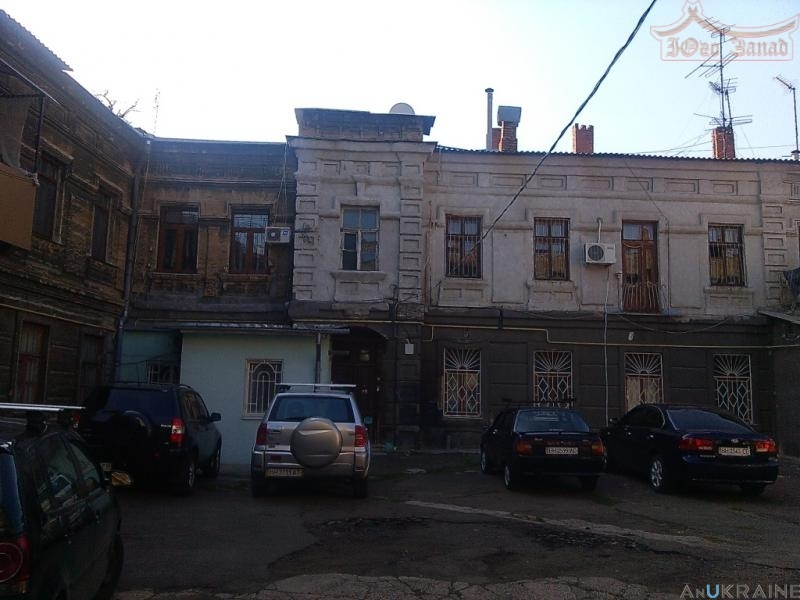 Трёхкомнатная квартира на Соборной площади, центр | Агентство недвижимости Юго-Запад
