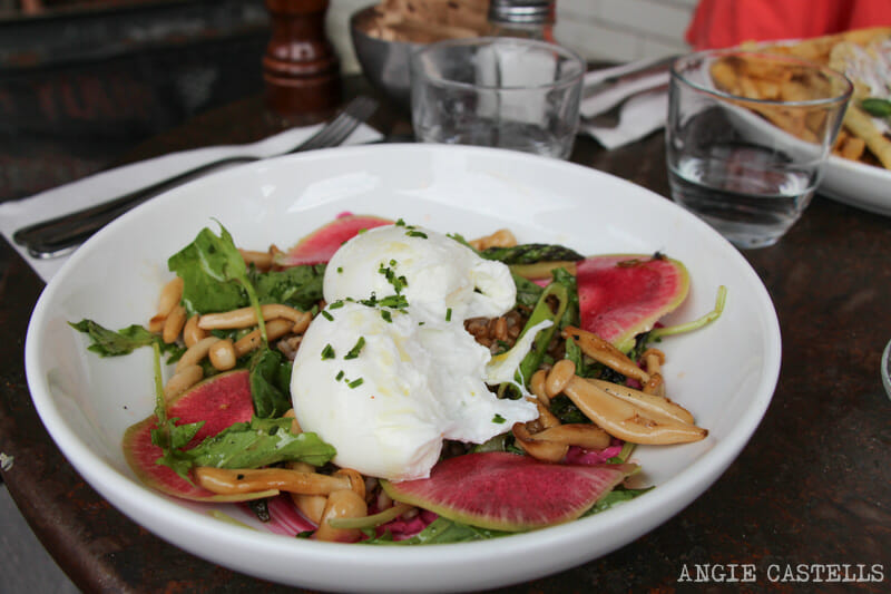 Brunch en Brooklyn Five Leaves