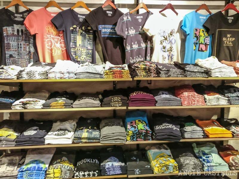 13f188995e Dónde comprar ropa en Nueva York  la cadena Brooklyn Industries  Ropa de segunda  mano.