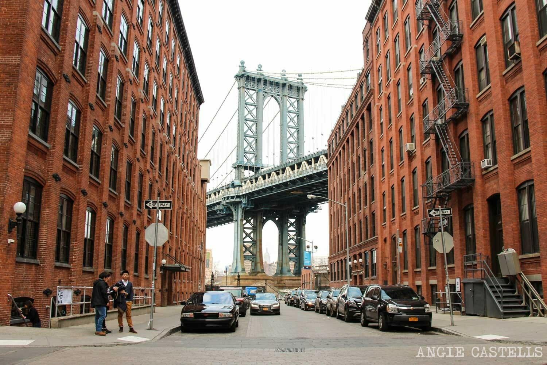 Cruzar el puente de Manhattan Nueva York
