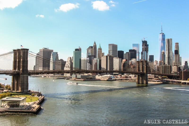 Cruzar puente Manhattan Nueva York Dumbo
