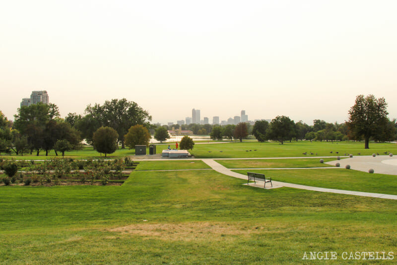 Ruta por Colorado: el skyline de Denver desde el City Park