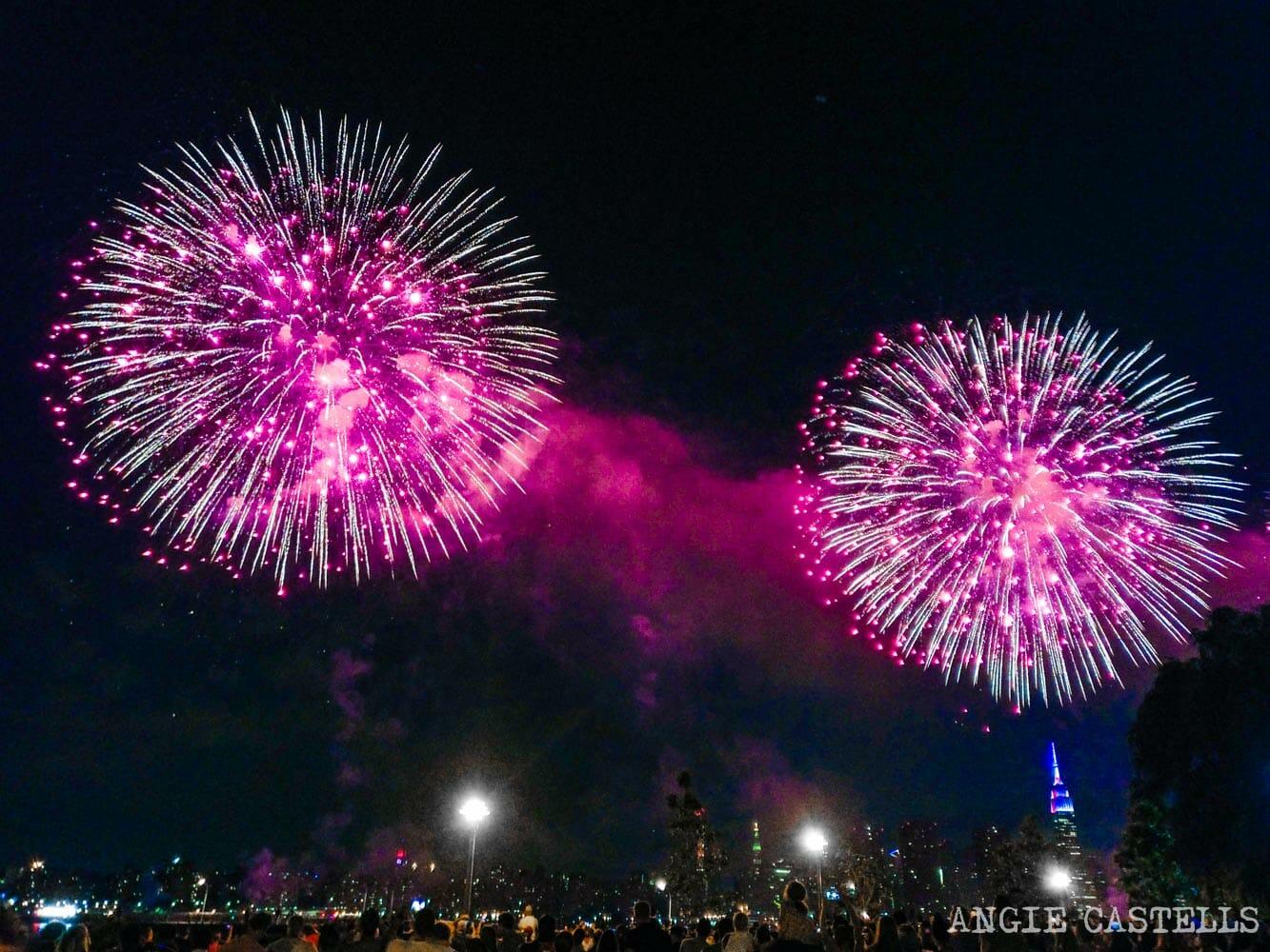 Fuegos artificiales para celebrar el 4 de julio en Nueva York