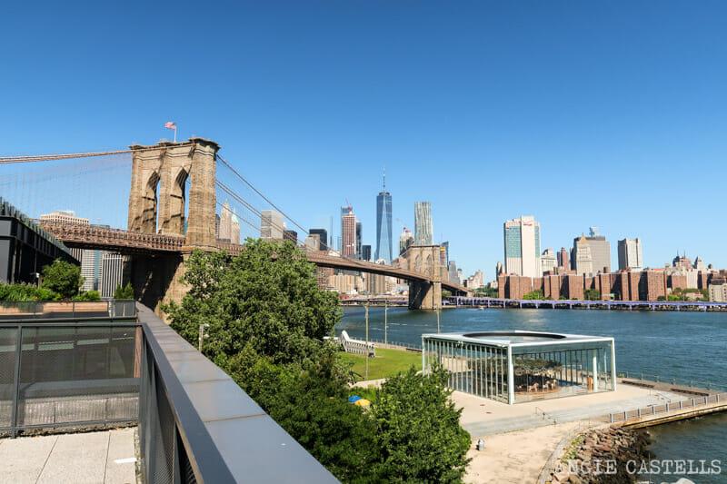 La terraza del Empire Stores y las vistas del puente de Brooklyn
