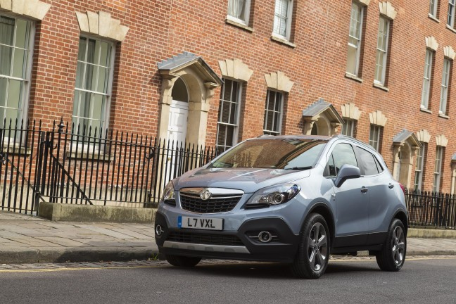 Vauxhall Mokka: Out and About