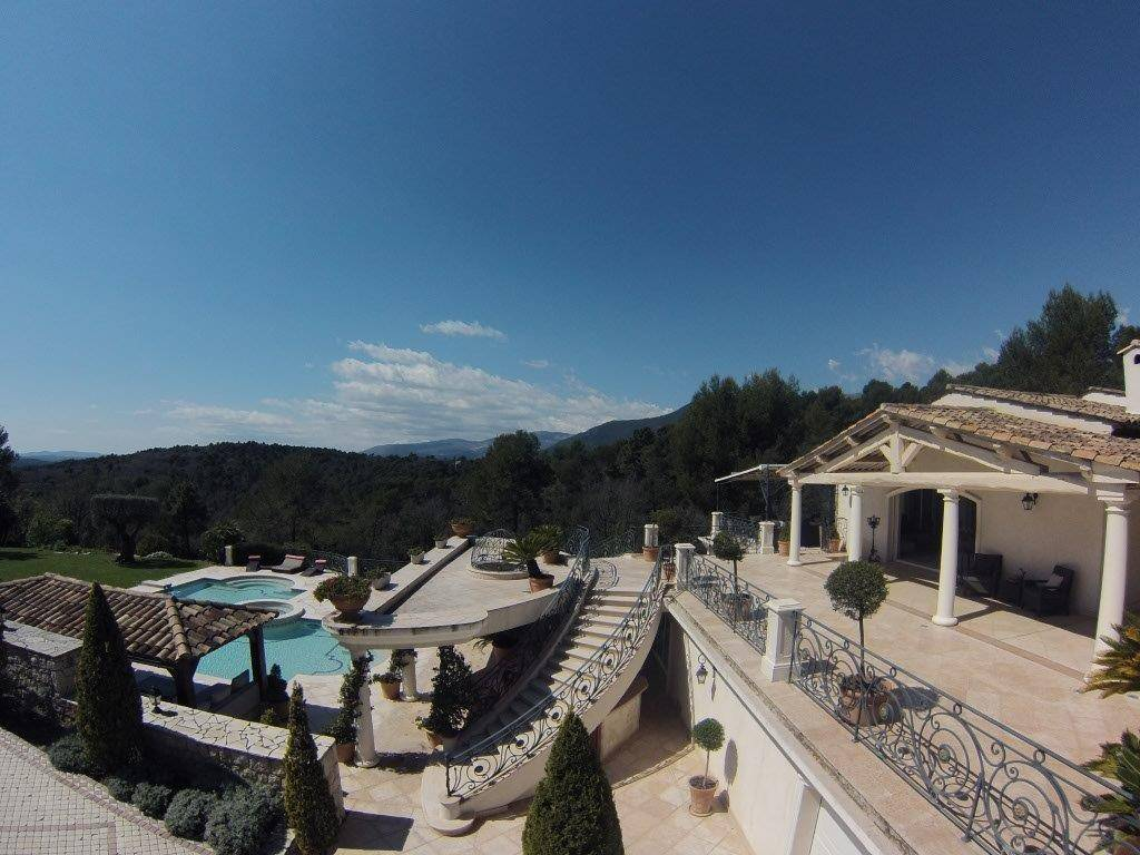 Villa / Property for Sale in Saint-Paul-de-Vence, France