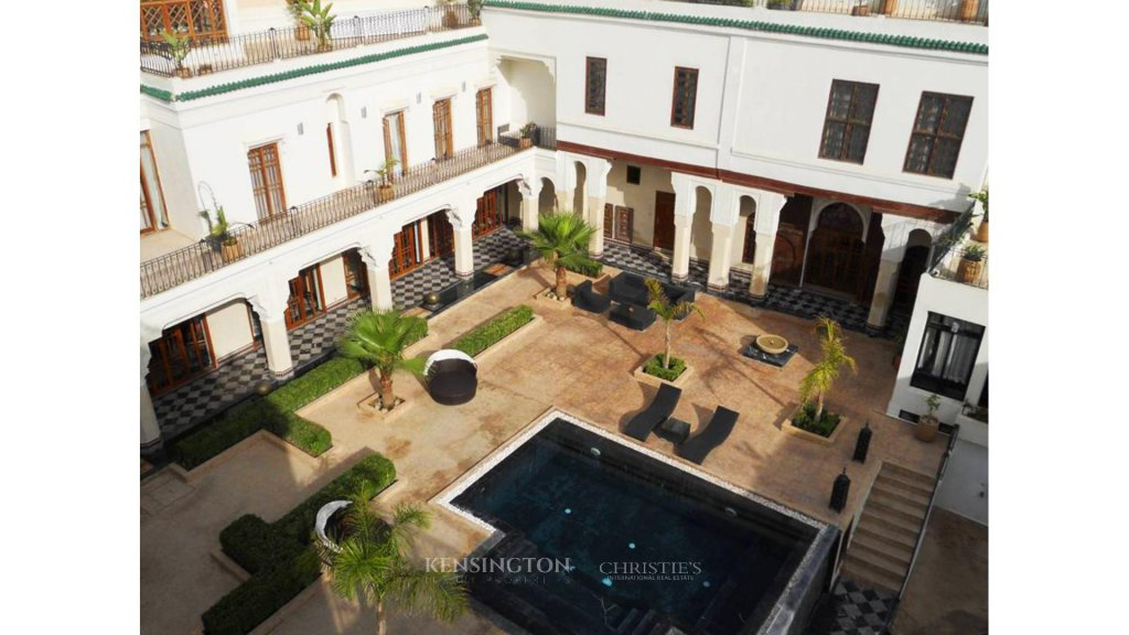 Sale riad fes a luxury home for sale in 645751 for Decoration maison au maroc
