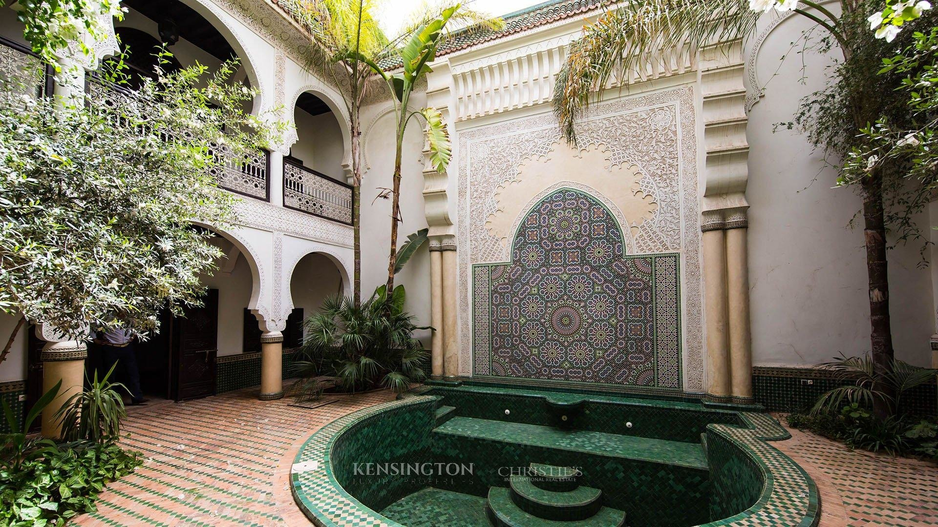 Riad for sale marrakech wasat riad kensington morocco for Best riads in marrakesh
