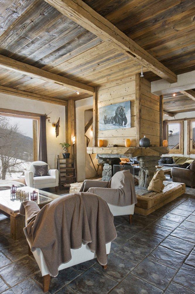 Villa / Property to Rent in Méribel, France