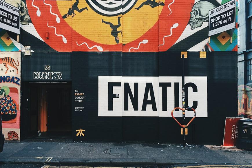 Immeuble marqué Fnatic à Shoreditch