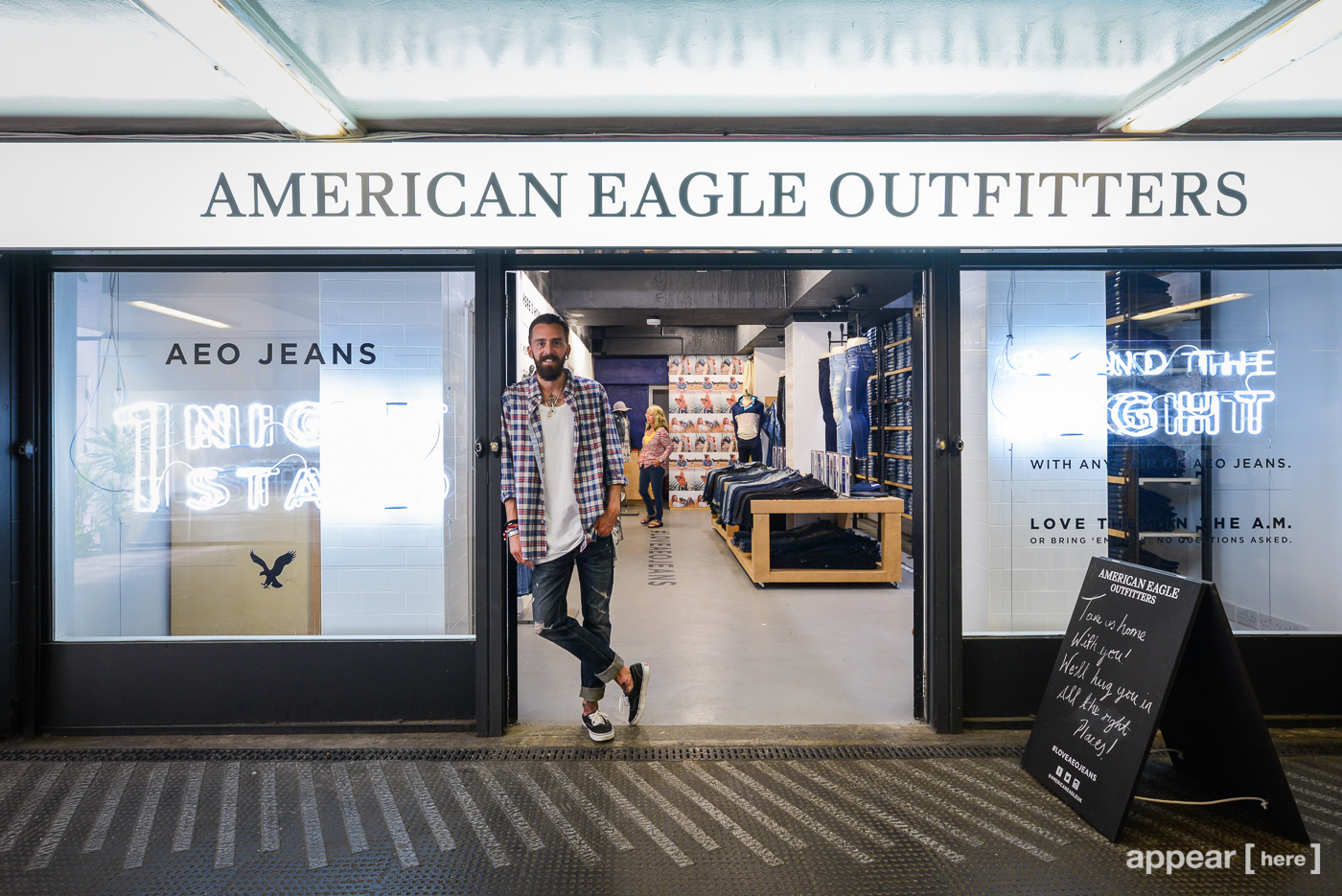 American Eagle pop up