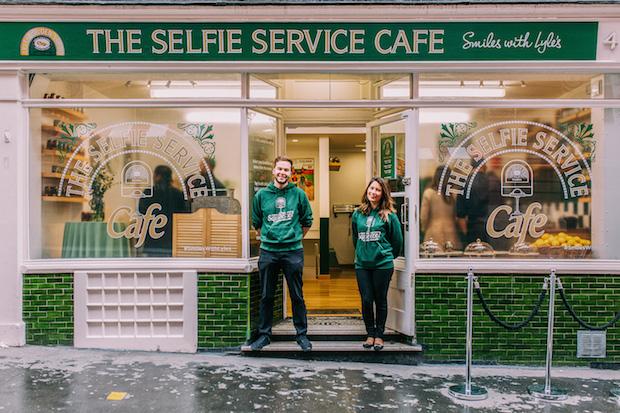 Lyles Selfie Cafe