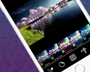 The image of aCam app on iPhone screen